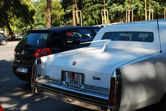 To auto do tej pory krąży po Tiranie :)